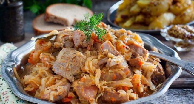 Блюдо дня: тушеная капуста со свининой