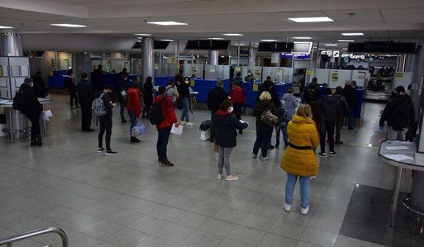 Закрытие границ не помеха: в Украину за сутки из-за границы вернулись 16 тысяч человек