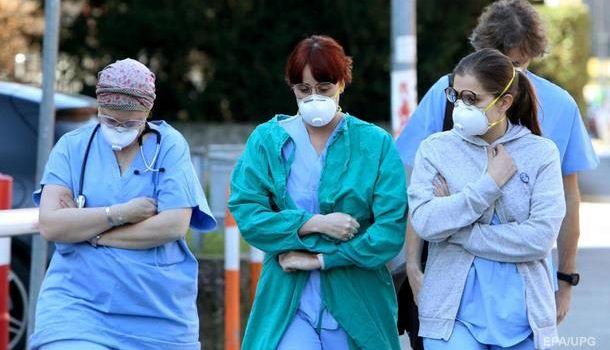 «7-10 дней, и все»: В Италии прогнозируют завершение пика вспышки коронавируса