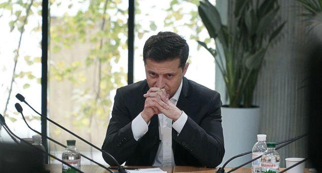 Романенко: час назад в Офисе президента было землетрясение