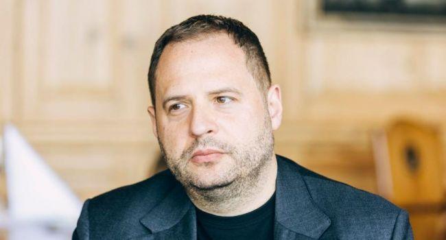 Ермак заявил, что его брат порядочный человек – Казанский
