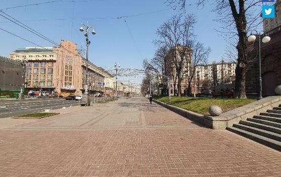 Как в фильмах про апокалипсис: в сети показали опустевший Киев