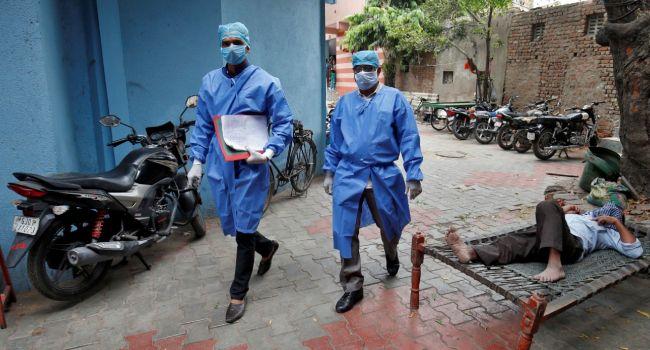 Индийские полицейские будут без предупреждения стрелять в нарушителей карантинного режима