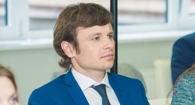 Историк: для многих будет открытием, но сегодня с подачи Зеленского Кабмин пополнился еще двумя «барыгами» Порошенко