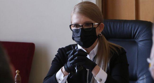 Тимошенко показала Коломойскому свою преданность в надежде, что олигарх снова обратит на нее внимание, – политолог