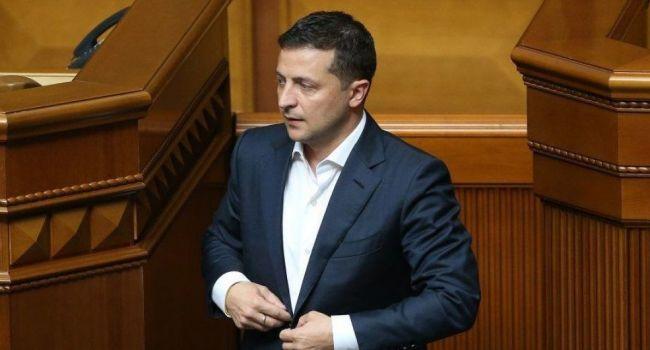 Журналист: сегодня президенту Зеленскому показали, кто на самом деле власть в Украине и у кого здесь большинство