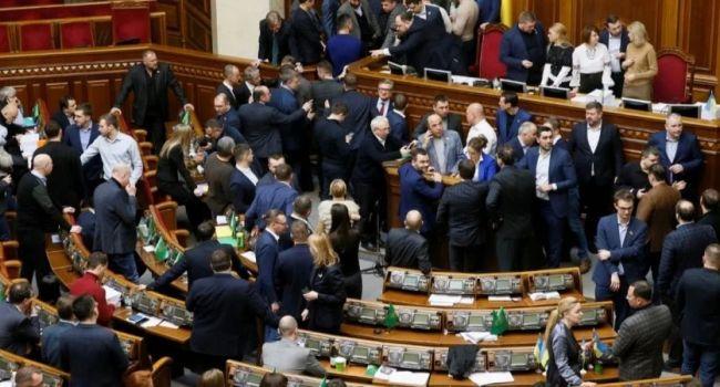 Журналист: в российском телевизоре истерика в связи с принятием Радой закона о рынке земли – значит нардепы все сделали правильно