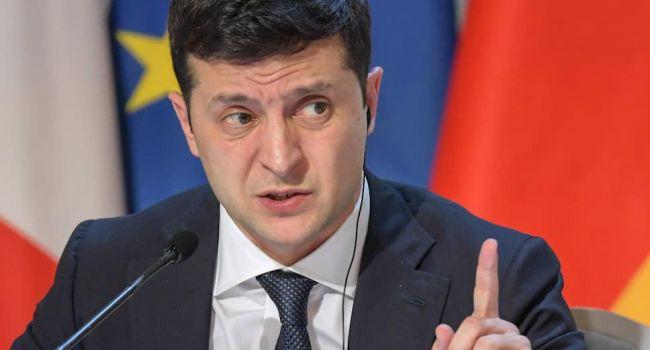 Политолог: позиция Медведчука, Тимошенко и Коломойского выглядит странно. Даже Зеленский понял, что дефолт – это дорога не туда
