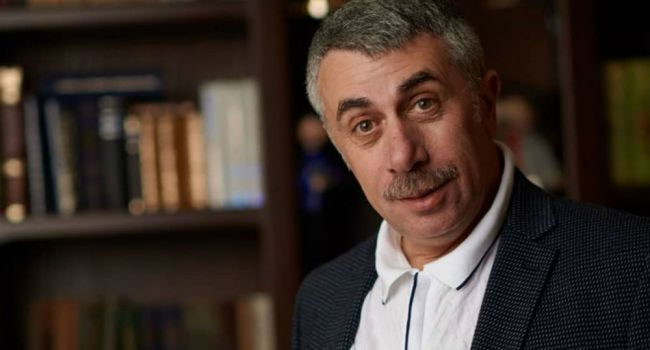 «Вам придется очень постараться»: Комаровский рассказал, передается ли коронавирус половым путем