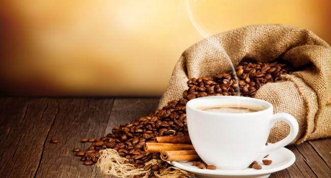 От курения и алкоголя намного больше: доктор развенчал мифы о вреде кофе