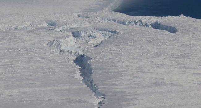 Необратимый процесс: ученые предупредили о катастрофе в Антарктиде