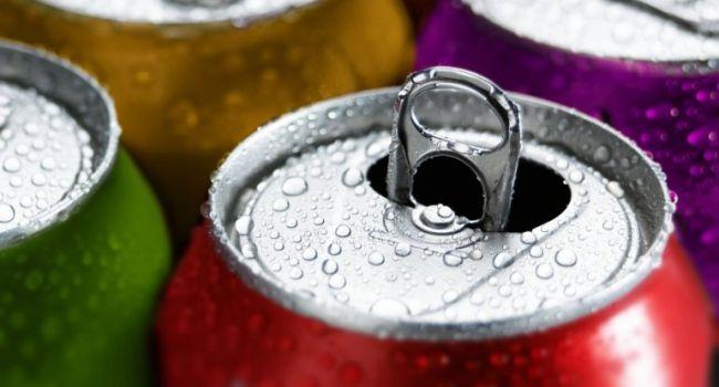 Назван напиток, наносящий организму больше вреда, чем алкоголь