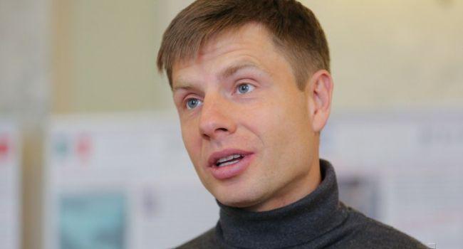 Гончаренко: давайте вместо врачей отправим в Италию Зеленского, пусть наберется опыта