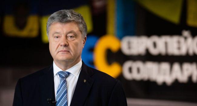 Политолог: Порошенко пошел на рискованный шаг, если хотите ва-банк – или он будет влиять на решения власти, или Медведчук-Путин