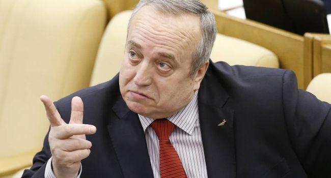 «Лежите на диване и смотрите телевизор»: российский сенатор рассказал, чем нужно заниматься на карантине