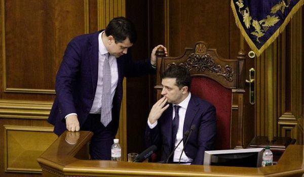 Соцопрос: менее половины украинцев считают, что власти успешно борются с коронавирусом