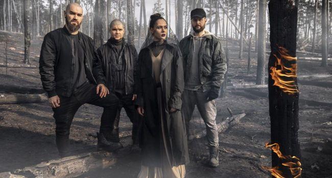 «Небо перестало слышать человека»: украинская группа The Hardkiss в новой песни спели о последнем шансе для человечества