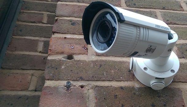 Власти Киева закупили 400 видеокамер для измерения температуры тела