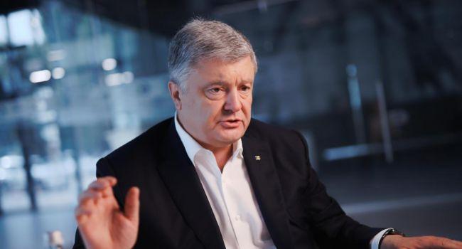 Аналитик: людей на Банковой пугает социология, показывающая, что все больше людей поддерживают возвращение Порошенко в кресло президента