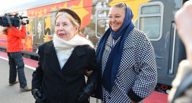 «Незадолго до ухода»: дочь покойной Инны Макаровой рассказала, как сиделка бросила ее мать