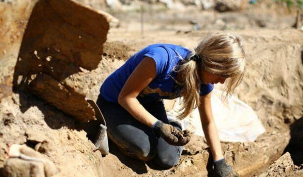 Спустя 3000 лет археологам удалось раскрыть саркофаг египетской принцессы
