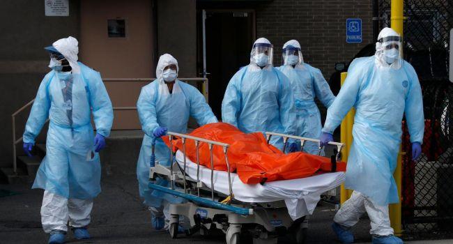 «Настоящая демократия»: США продолжают перехватывать медицинские маски у своих союзников