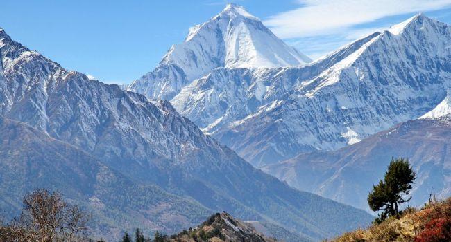 Восхождения отменяются: ученые зафиксировали рекордное таяние ледников Гималаев