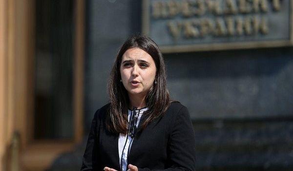 «Мы не сможем вернуться к прежнему устрою»: Мендель рассказала, что будет с Украиной после окончания карантина