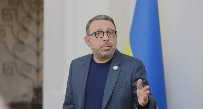 Корбан: У меня вопрос к президенту - господин Зеленский, какой мерзавец в областном руководстве от вашего имени так распределяет средства индивидуальной защиты?