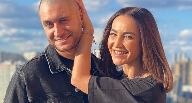 «Господи, какая ты тут красивая»: Ольга Бузова намекнула парню, что сильно хочет замуж