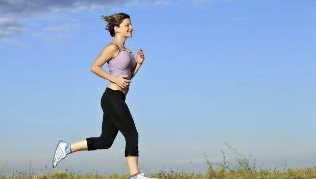 Специалисты развенчали популярные мифы о пользе пробежки для похудения