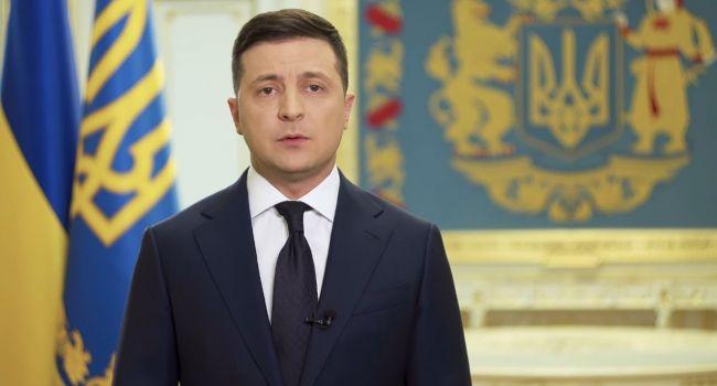 Зеленский попросил украинцев не превращаться в обиженных детей, которым во время простуды родители запретили есть мороженое