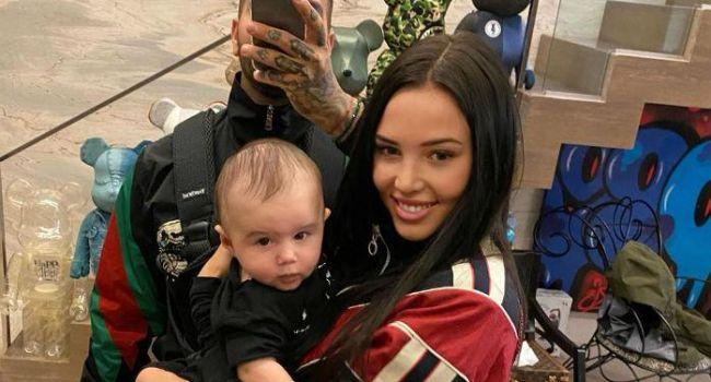 «Ой, а я вообще с малышом на руках зарабатываю 20т рублей в неделю»: Тимати показал красивое фото с сыном