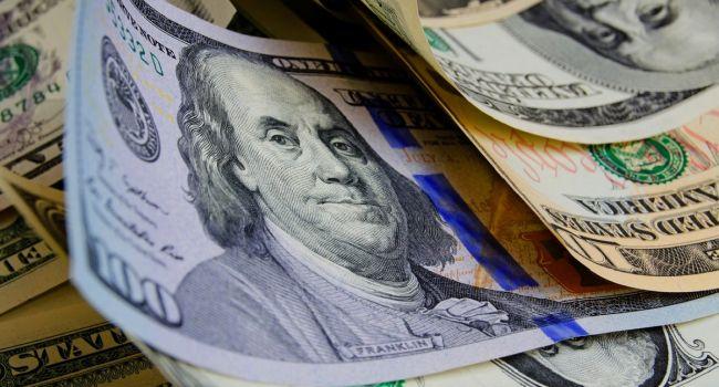 Активы олигархов обесцениваются, что есть верным признаком приближающегося конца, – журналист