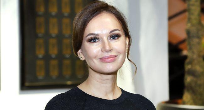 «Надо выдержать несколько недель»: Ирина Безрукова рассказала о своем отношении к эпидемии коронавируса