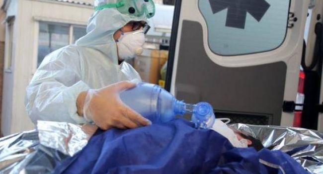 В Украине в большинстве случаев COVID-19 диагностируется уже после смерти, либо, когда болезнь уже в запущенном состоянии, – политолог