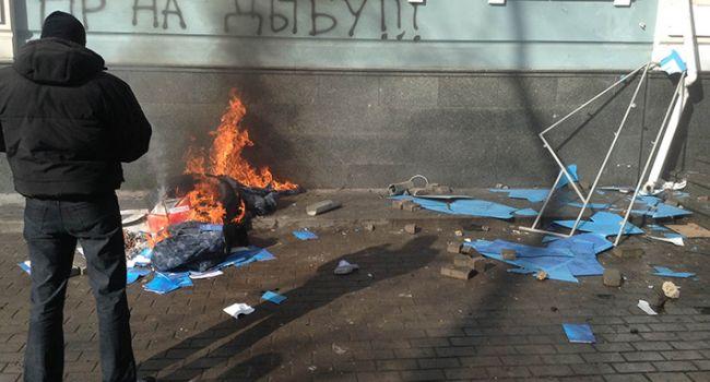 Политолог: обыски в доме Черновол открывают страшный Ящик Пандоры, приготовиться должны все остальные участники Революции Достоинства