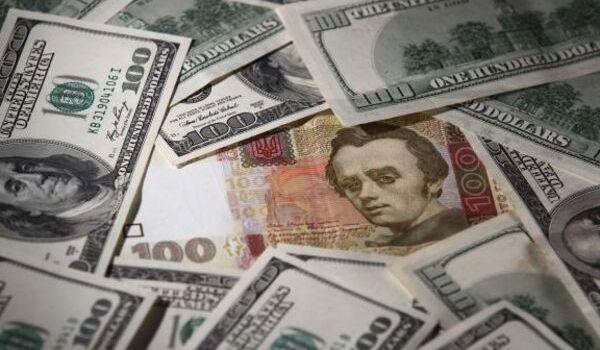 Эксперт прогнозирует снижение курса доллара к гривне