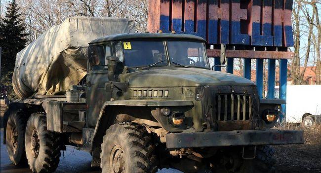 «Гаубицы и «Грады»: Россия активно стягивает большое количество тяжелой военной техники на Донбасс