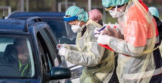В Великобритании от осложнений коронавируса за сутки умерли почти тысяча человек