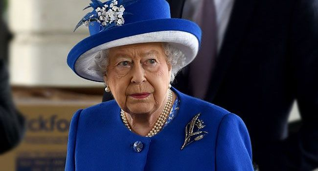 «Пандемия коронавируса и Пасха»: Королева Великобритании обратилась к нации с посланием