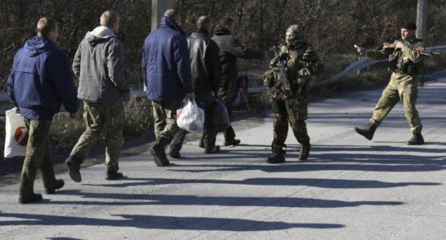 Палий: очень поучительное видео для всех любителей России – бывшие боевики готовы драться, чтобы их только не увезли в ОРДЛО