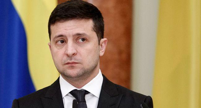 Возможно, Зеленский берет заложников, чтобы потом обменивать их на голосования по нужным законопроектам у Порошенко