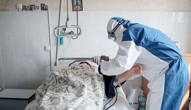 В Минздраве нашли причину частого заражения медиков коронавирусом