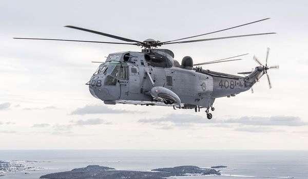 Вертолет НАТО с военными упал в открытое море