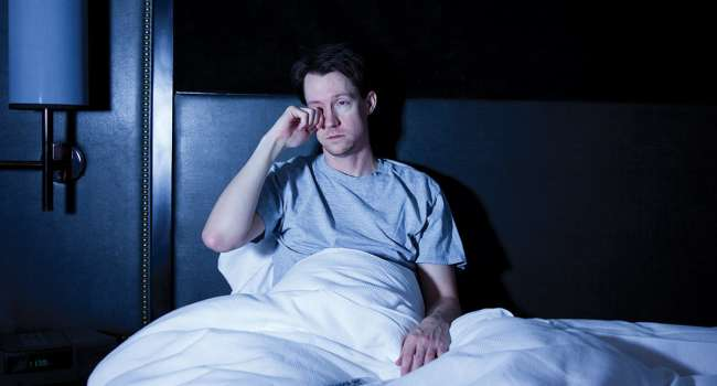 Это очень опасно: медики назвали болезни, вызванные дефицитом сна