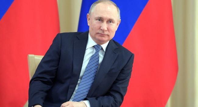 Блогер: украинцы узнали за последний год, что Путин в принципе нормальный пацан, немного странный, но в его глазах видно мир