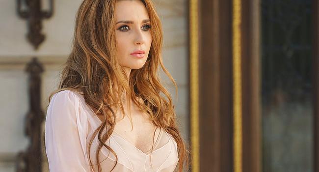 «Слава Богу, что у меня есть мои подруги, которые просто любят меня, прощают»: Оксана Марченко заговорила о дружбе и предательстве