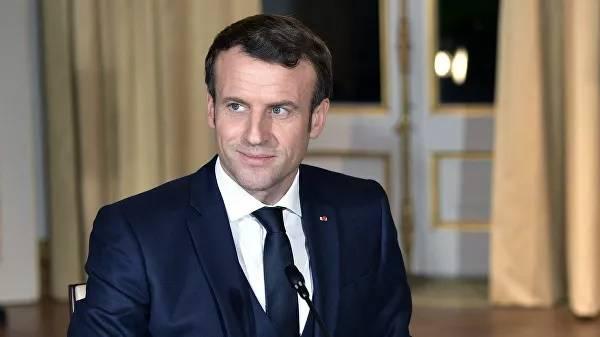 Макрон ликует: Франция победила пандемию коронавируса