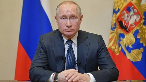 «Поправки «с борту по сосенке»: Орешкин рассказал о ловушке, в которую себя загнал Путин
